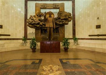 Trưng bày cố định của Bảo tàng Hồ Chí Minh