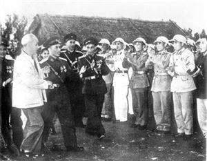 Vận dụng tư tưởng Hồ Chí Minh trong xây dựng, củng cố mối quan hệ mật thiết giữa quân đội và nhân dân trong tình hình hiện nay 