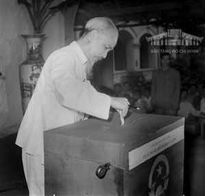 Vinh dự gặp Bác Hồ tại kỳ bầu cử Quốc hội khóa II