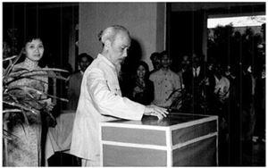 Xây dựng phong cách lãnh đạo của người đứng đầu theo tư tưởng Hồ Chí Minh