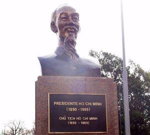 Chuyện về cha con người bạn Argentina của Chủ tịch Hồ Chí Minh