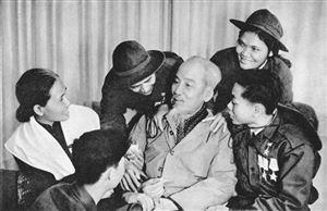 """Chủ tịch Hồ Chí Minh - """"Miền Nam yêu quý luôn trong tim tôi"""""""