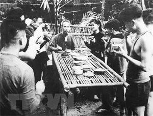 Chủ tịch Hồ Chí Minh: Một tình yêu bao la với nhân dân Việt Nam