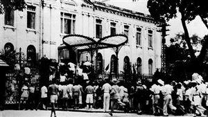 Bác Hồ chuẩn bị cho Cách mạng Tháng Tám năm 1945