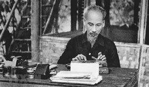 Chủ tịch Hồ Chí Minh - Người trọn đời cống hiến cho cách mạng Việt Nam