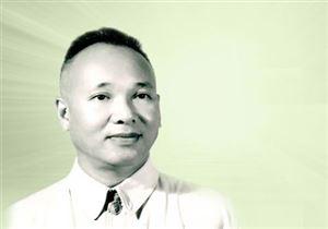 Chủ tịch Hồ Chí Minh với bác sĩ Phạm Ngọc Thạch - Bộ trưởng Bộ Y tế đầu tiên của Việt Nam