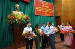 Bảo tàng Hồ Chí Minh Thừa Thiên Huế nhận Giấy khen của Ban Tuyên giáo Trung ương