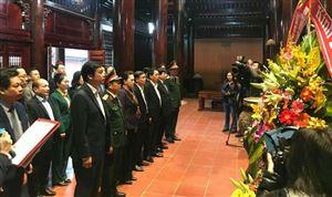 Đồng chí Nguyễn Thị Kim Ngân - Ủy viên Bộ Chính trị, Chủ tịch Quốc Hội nước CHXHCN Việt Nam về thăm Khu di tích Kim Liên