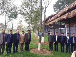 Đoàn đại biểu Bộ Công An về thăm Khu di tích Kim Liên