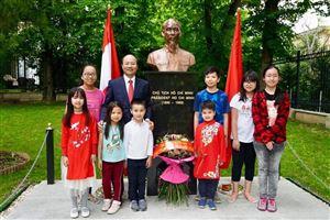 Nhiều hoạt động kỷ niệm 129 năm ngày sinh Chủ tịch Hồ Chí Minh ở nước ngoài (19/5/1890 – 19/5/2019)