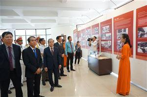 Lễ dâng hoa và khai mạc trưng bày chuyên đề nhân kỷ niệm 50 năm Thực hiện Di chúc Chủ tịch Hồ Chí Minh tại Bảo tàng Hồ Chí Minh Thừa Thiên Huế