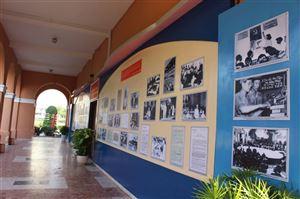 """Bảo tàng Hồ Chí Minh - Chi nhánh Thành phố Hồ Chí Minh phối hợp với Bảo tàng Hồ Chí Minh tổ chức trưng bày chuyên đề: """"Đảng Cộng sản Việt Nam - 90 năm - Một chặng đường vẻ vang""""."""