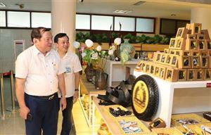Khu Di tích Hồ Chí Minh tại Phủ Chủ tịch, Bảo tàng Hồ Chí Minh - những địa chỉ thiêng liêng tiếp tục là nơi giữ lửa và truyền lửa cho các thế hệ