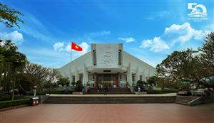 Bảo tàng Hồ Chí Minh - Bông sen trắng tỏa hương giữa lòng Thủ đô Hà Nội