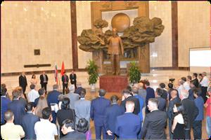 """Khai mạc triển lãm """"Cuộc khởi nghĩa quốc gia Slovakia 1944"""" tại Bảo tàng Hồ Chí Minh"""