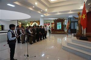 Đoàn Đại hội đại biểu các dân tộc thiểu số tỉnh Thừa Thiên Huế lần thứ III năm 2019 tổ chức Lễ dâng hoa, báo công tại Bảo tàng Hồ Chí Minh Thừa Thiên Huế