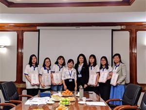 Tổng kết vê công tác đào tạo và trao giấy chứng nhận cho hướng dẫn viên tình nguyện tiếng Anh năm 2019