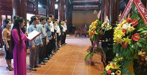 Đoàn Cán bộ Ban Dân vận Tỉnh ủy Nghệ An, Ban Dân vận các đơn vị cụm 3 dâng hương tại Khu di tích Kim Liên