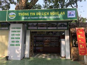 Phát huy Quầy thông tin du lịch với du khách khi về thăm Quê hương Chủ tịch Hồ Chí Minh