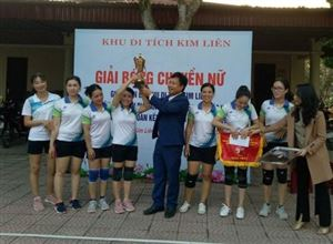 Khu Di tích Kim Liên tổ chức Giải bóng chuyền nữ Chào mừng ngày Đại đoàn kết toàn dân