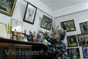 Hình ảnh vị cha già dân tộc trong lòng kiều bào tại Lào