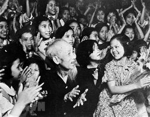 Chủ tịch Hồ Chí Minh: Càng giản dị, càng vĩ đại
