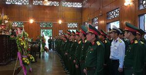Đoàn Đại biểu Lớp tập huấn nghiệp vụ công tác lịch sử quân sự toàn quân về thăm Khu di tích Kim Liên