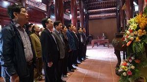 Đoàn đại biểu Ủy ban Trung ương Mặt trận Tổ quốc Việt Nam về thăm Khu di tích Kim Liên