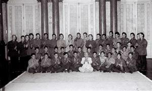 Phi công Mai Văn Cương diệt nhiều máy bay địch, hai lần vinh dự được gặp Bác Hồ