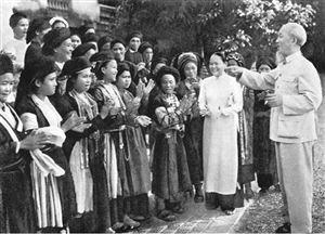 Tư tưởng Hồ Chí Minh về giải phóng phụ nữ