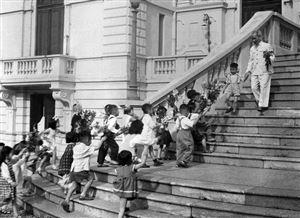 Chủ tịch Hồ Chí Minh với sự nghiệp giáo dục thiếu nhi