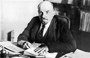 Tình yêu sách và ngoại ngữ của lãnh tụ vô sản Vladimir Ilyich Lenin
