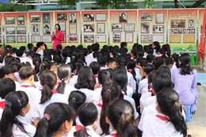"""Bảo tàng Hồ Chí Minh – chi nhánh Thành phố Hồ Chí Minh phối hợp tổ chức triển lãm chuyên đề: """"Hồ Chí Minh – Tiểu sử và sự nghiệp"""""""