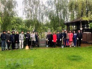 Các hoạt động kỷ niệm ngày sinh nhật Bác tại Ukraine và Đức