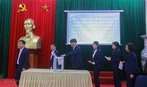 Khu di tích Kim Liên tổ chức quyên góp, ủng hộ đồng bào Miền Trung ngập lụt